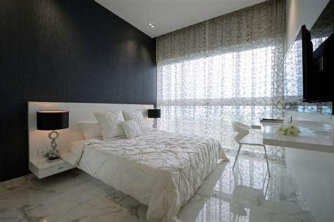 schlafzimmer klein idee luxus schlafzimmer klein schwarze akzentwand marmor