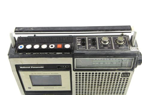 Radio Cassette Recorder by Vintage National Panasonic Rq 542s Fm Am Radio Cassette