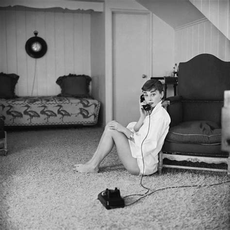 audreyhepburn sexy intimate pictures of young starlet audrey hepburn at home