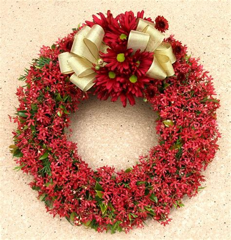 pin by suzanne bramlett on collection of amazing wreaths