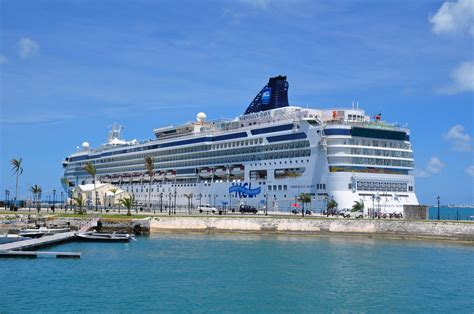 bermuda cruise with norwegian dawn oceanview room from