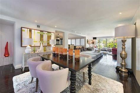 hgtv star david bromstad  selling  condo