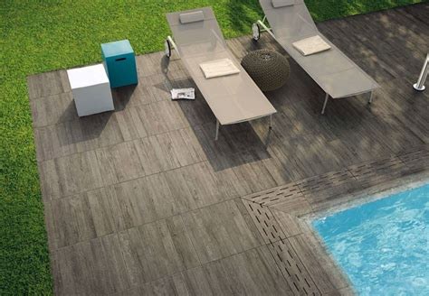 outdoor porcelain wood tile decorating with porcelain and ceramic tiles that look like wood