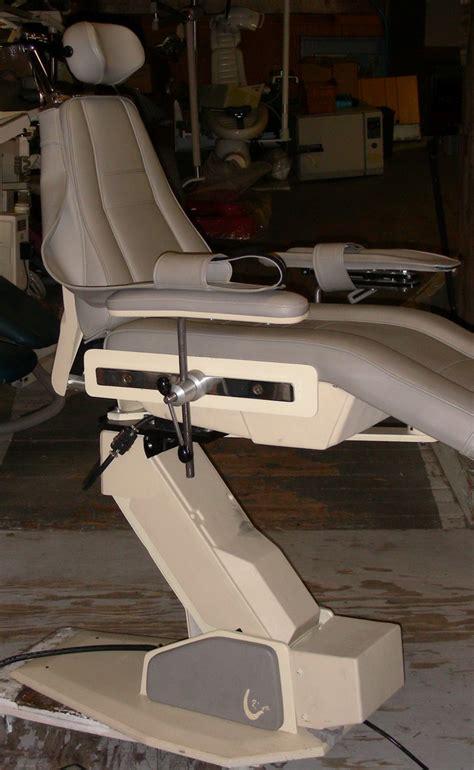 boyd s 2615 surgery chair pre owned dental inc
