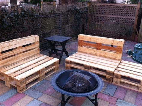 Pallet Outdoor Chair Plans by 8 Rev Pallet Ideas For Outdoors Pallet Furniture Plans