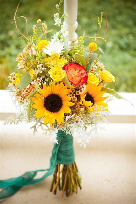 sunflower wedding bouquets summer  fall weddings