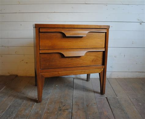 mid century bedside ls mid century modern bedside table design quickinfoway