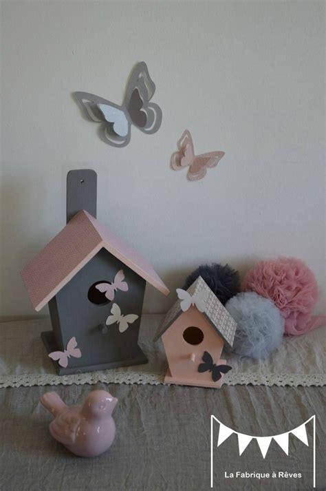 decoration chambre enfant bebe nichoir oiseau maisonnette etoiles gris blanc rose poudre