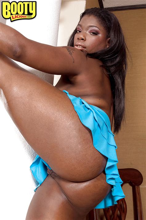 Black Seductress Keyona Kay Posing In Blue Miniskirt