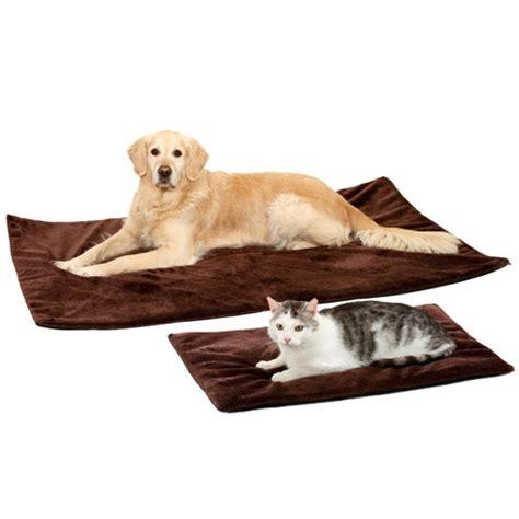 tapis d entrainement pour chien tapis thermique thermo top tapis pour chien et chat karlie wanimo