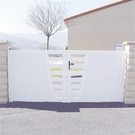 portail battant pvc aydat blanc l 350 x h 130 cm leroy merlin