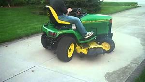 John Deere 445 Lawn  U0026 Garden Tractor