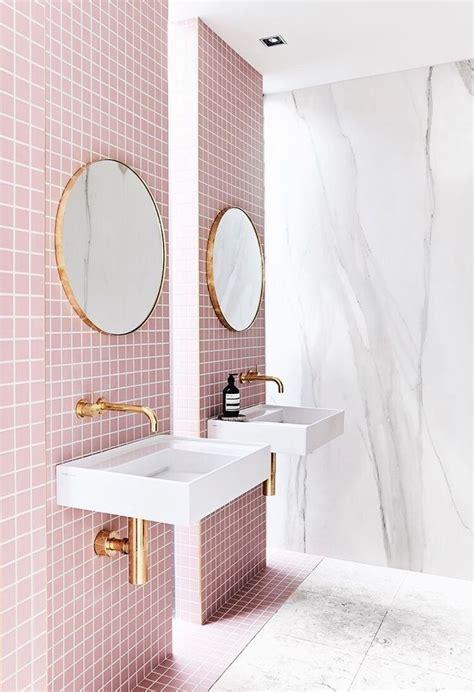 Pink Bathroom Ideas by Best 20 Pink Bathrooms Ideas On Pink