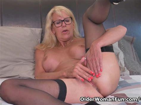 Blonde Milf Bianca Finger Fucks Her Mature Pussy Free