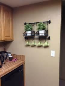 wall decor ideas for a pretty kitchen kitchen design pinterest