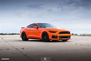 Competition Orange 6th Gen. Ford Mustang GT - Forgestar F14 Wheels