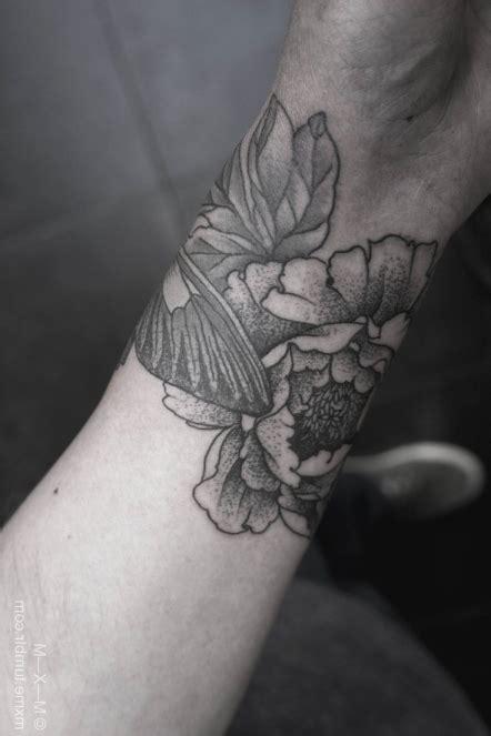 Tatouage Tribal Poignet Homme Picasa Tatouage De Fleur De