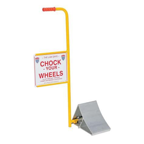 vestil aluminum wheel chock  handle  sign ealum