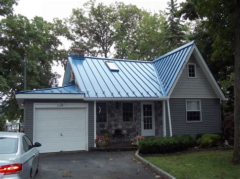 blue metal roof charming lakehouse cottage ideas for the house exterior house colors