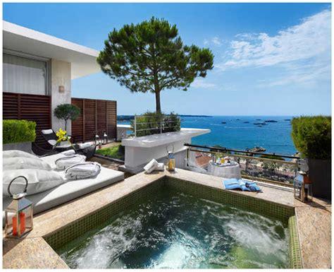suites panoramique avec spa au grand hotel cannes