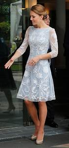 Celeb Style Watch: The Kate Middleton Style | Style Right ...