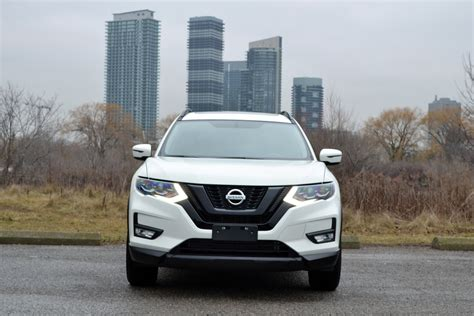 Nissan Rogue 2017 Reviews by 2017 Nissan Rogue Review Autoguide News