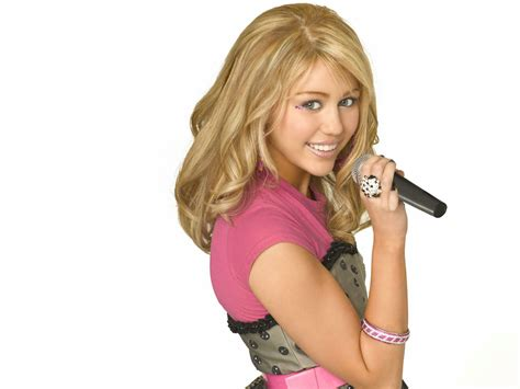 Miley Cyrus In Hannah Montana Wallpapers Hd Wallpapers
