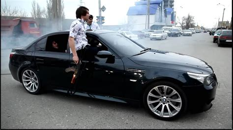 While the vehicle devoured this was the dream of every russian gangster, but only top mafia bosses could afford a mercedes s 600. Caucasian mafia at BMW M5 - YouTube