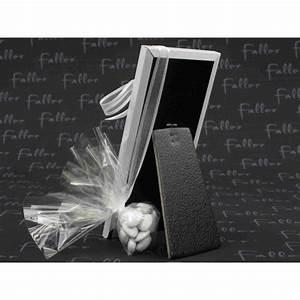 Petit Cadre Deco : petit cadre photo blanc deco calice avec dragees communion ~ Teatrodelosmanantiales.com Idées de Décoration