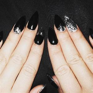 Black nail art designs ideas design trends