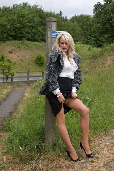 British blond flashing her stockings in the countryside | Stockings Diary
