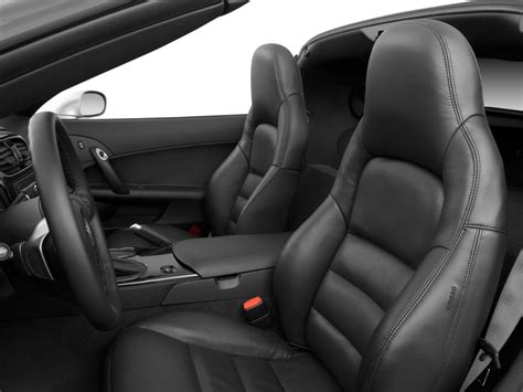 image  chevrolet corvette  door coupe front seats