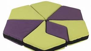 des meubles jeux pour chambres denfants With tapis de sol avec canapé 70 cm profondeur
