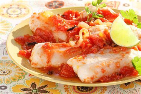 poissons cuisine poisson à la sauce tomate épicée cuisine az