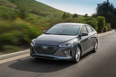 Who Makes Hyundai by 2017 Hyundai Ioniq Makes American Debut In Hybrid