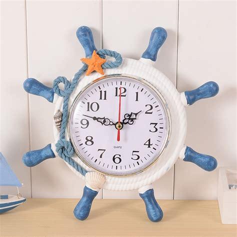 diy meditterrean style  reloj vintage hanging wood