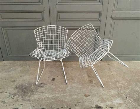 chaise e 60 paire chaises harry bertoia pour knoll