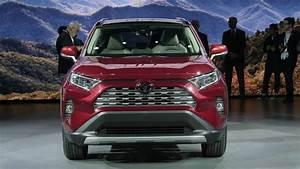 Nouveauté Toyota 2018 : toyota d voile le nouveau rav4 ~ Medecine-chirurgie-esthetiques.com Avis de Voitures