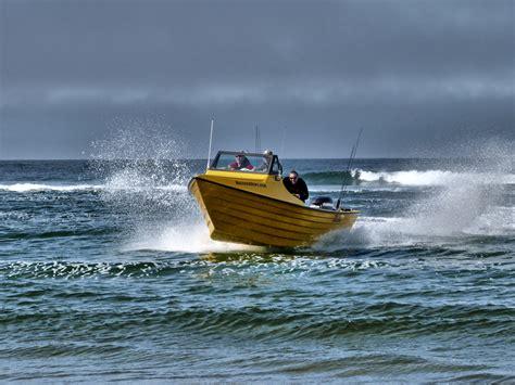Harvey Dory Boat by Dory Boat Launching Landing And Fishing Breaker Dory Boats