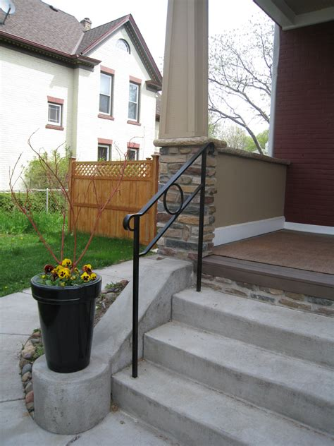 Exterior iron railings for stairs, steps, balconies and porches. Exterior Step Railings - O'Brien Ornamental Iron