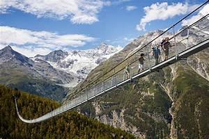 world's longest pedestrian suspension bridge opens in ...