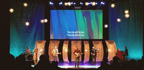 curved panels church stage design ideas