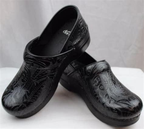 kitchen shoes  buy   kitchensanity