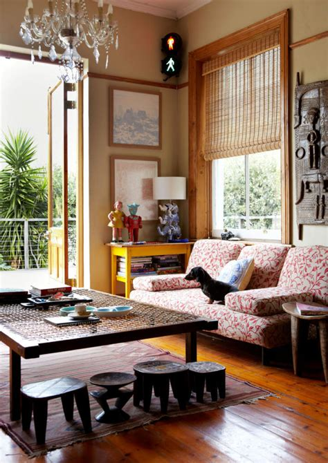 Home Interior Design Ideas For Living Room by Living Room Furniture With Ethnic Sculptures Interior