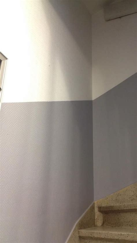 peinture de la cage descalier en deux tons escalier