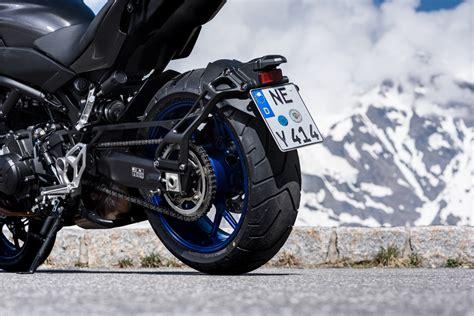 Yamaha Niken Wheelie by 2019 Yamaha Niken Test Cycle News