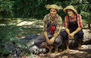 Tom Sawyer and Huckleberry Finn | Bite Me | Huckleberry ...