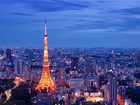 japan  capturing  tokyo tower   andaz rooftop