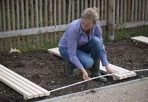 Mit obi schritt fur schritt zur anlage eines gemusegartens for Garten planen mit sonnenmarkise für balkon
