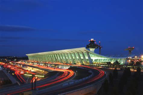 AD Classics: Dulles International Airport / Eero Saarinen ...